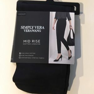NEW! Simply Vera by Vera Wang - Leggings